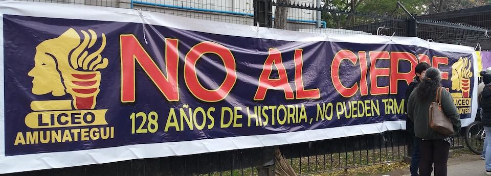 No al cierre del Liceo Amunátegui